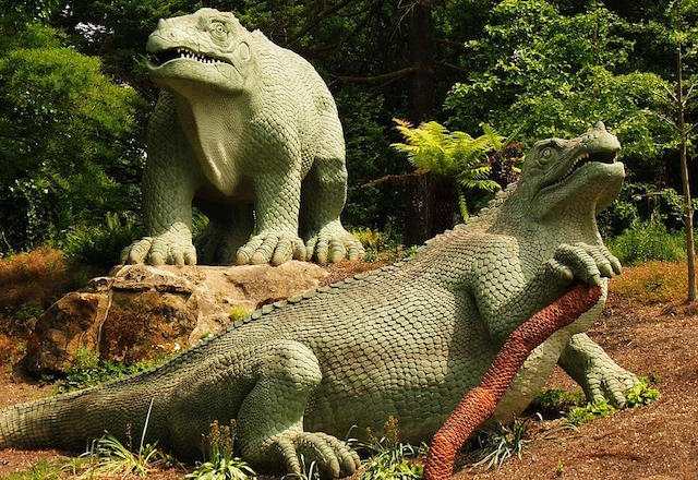 The Crystal Palace dinosaurs come under scrutiny at Grant Museum of Zoology